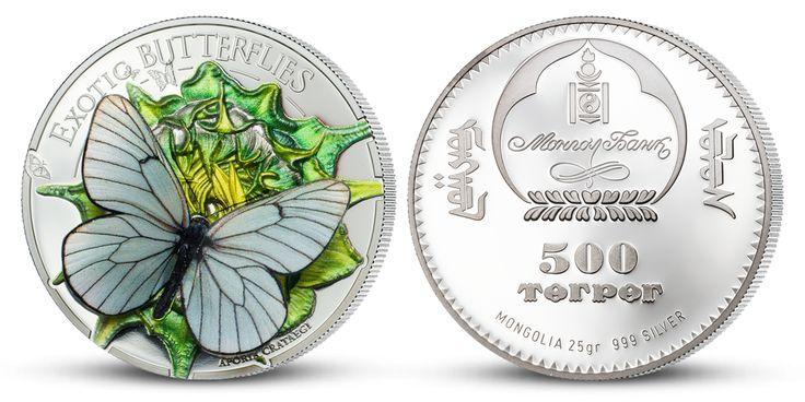 Unikátna strieborná minca s 3D motýľom
