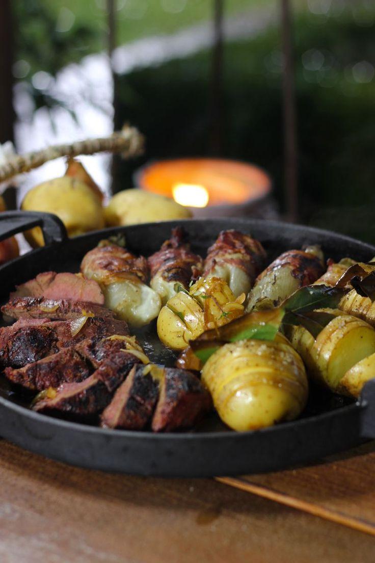 """Het lekkerste recept voor """"Hertengebraad met witloof"""" vind je bij njam! Ontdek nu meer dan duizenden smakelijke njam!-recepten voor alledaags kookplezier!"""