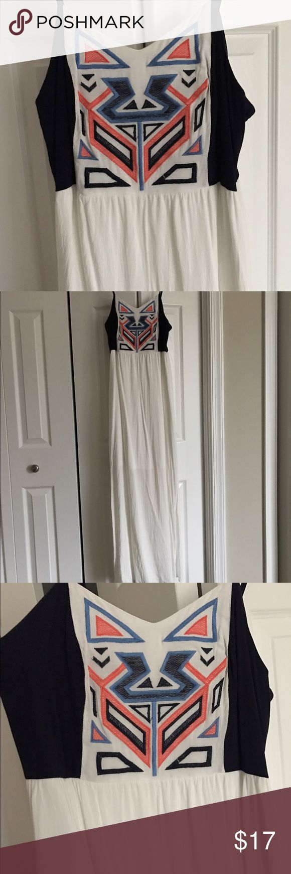 White Aztec Maxi Dress Skinny strap Aztec maxi with white skirting. Brand new, worn once (beach trip). Great for summer. Comfortable and sliming for being white. Size M Dresses Maxi