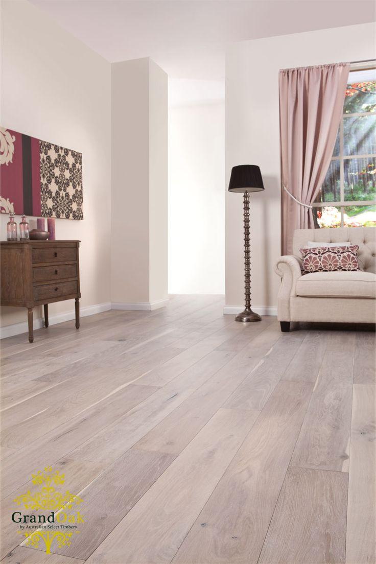 Grand Oak Timber Flooring: Gunsynd Oak House Show