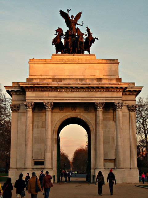 Wellington Arch Hyde Park London ... we loved Hyde Park and loved our Shepherds Pie in Lord Moon Over the Mall