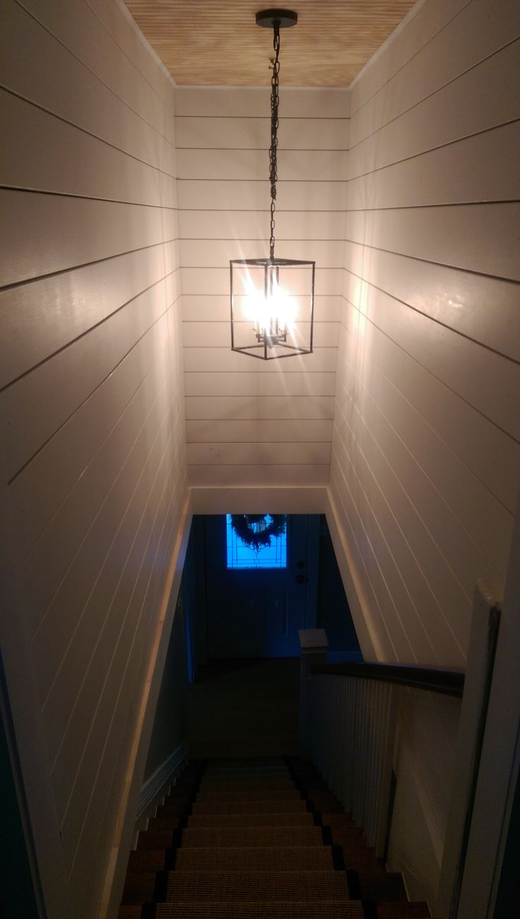 Basement Stair Ceiling Lighting: 25+ Best Ideas About Small Finished Basements On Pinterest