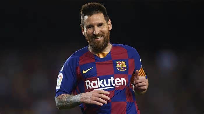 Lionel Messi Barcelona Superstar Presented With Sixth European Golden Shoe Get The Latest News For Barcelon Lionel Messi Ronaldo Luis Nazario De Lima Messi
