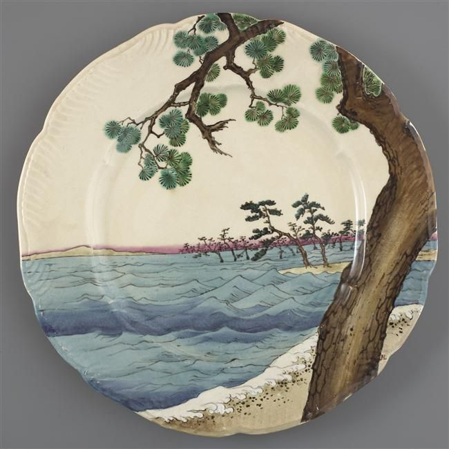 Plate from the Service Lambert-Rousseau, 1873-75, transfer on faïence / Paris, musée d'Orsay