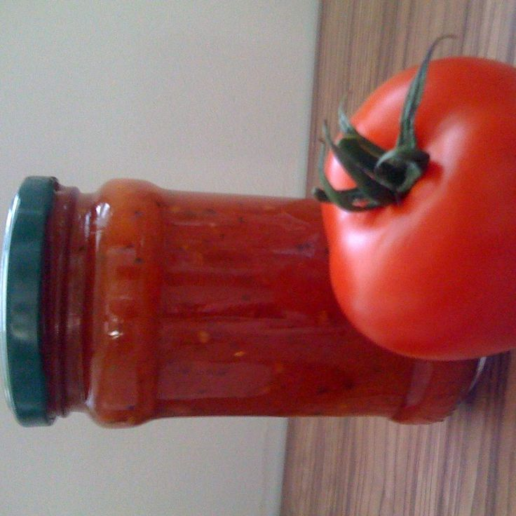 Tomatensoße auf Vorrat für Pizza, Nudeln und als Grundsoße von Nizzi2608 auf www.rezeptwelt.de, der Thermomix ® Community