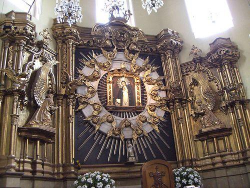 Iglesia de la Virgen de la Paloma,Madrid .Festividad 15 de Agosto . Y después verbena .