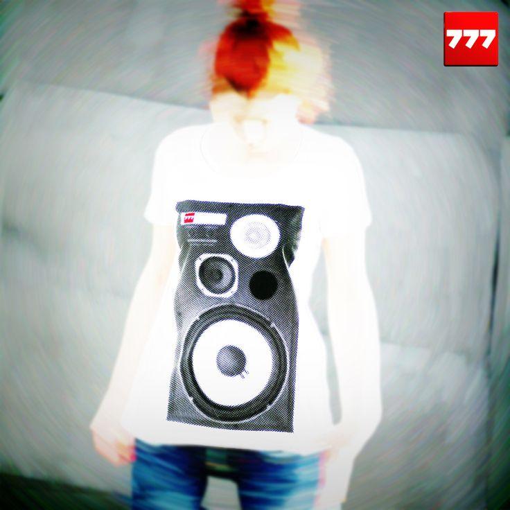 #777 #tshirt #speaker #vintage #hifi #jbl http://sklep.galeria777.pl/pl/p/T-SPEAKER-lady/119 https://www.facebook.com/Tshirt777