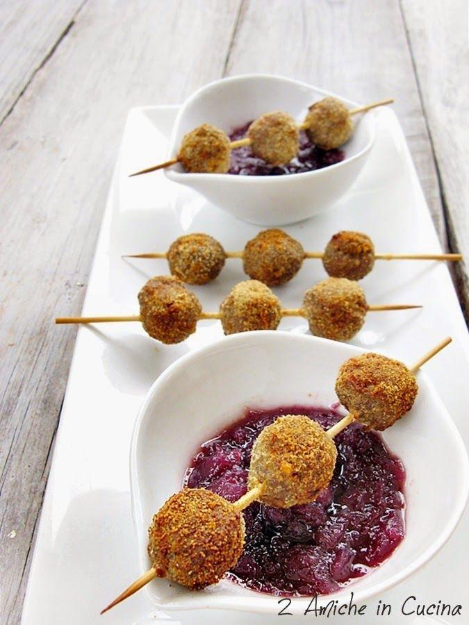 Polpettine Piccanti con Salsa di Cipolle e Vino al Miele | 2 Amiche in Cucina