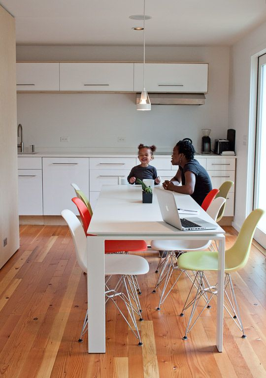 A Modern Mix of Shell Chairs in the KitchenApartments Therapy, January Cure, Home Organic, Organic Home, Green Cleaning, Modern Kitchens, Cleaning Tips, Side Chairs, White Kitchens