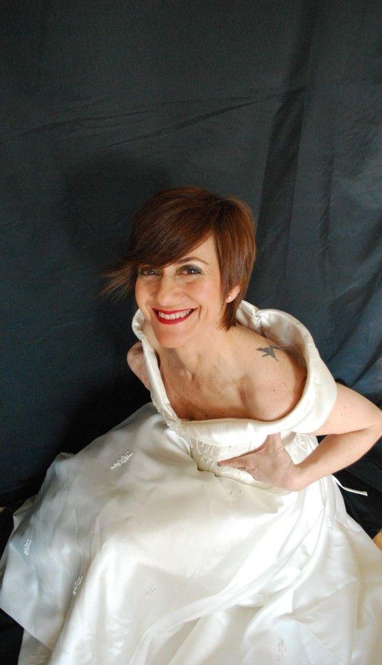 Precio vestido de reestreno modelo de Sant Patrick.  Talla 38, altura 1'60cm. Incluye velo. PRECIO ACTUAL 790€