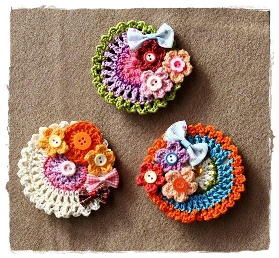 crochet brooch..