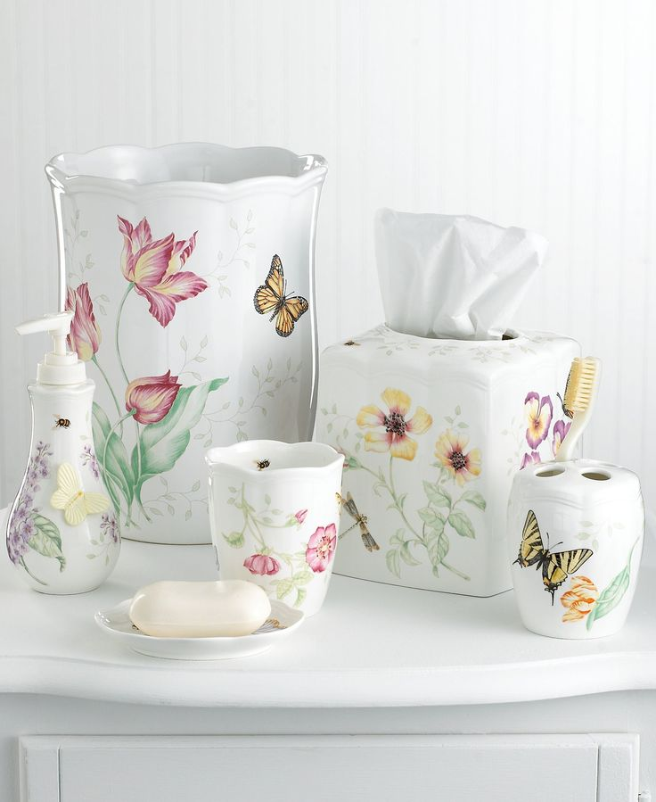 Bring the brightness of spring every day to your bathroom with this tumbler. Flowers and butterflies dance along a white ground in this pattern inspired by the acclaimed dinnerware. | Porcelain | Wipe