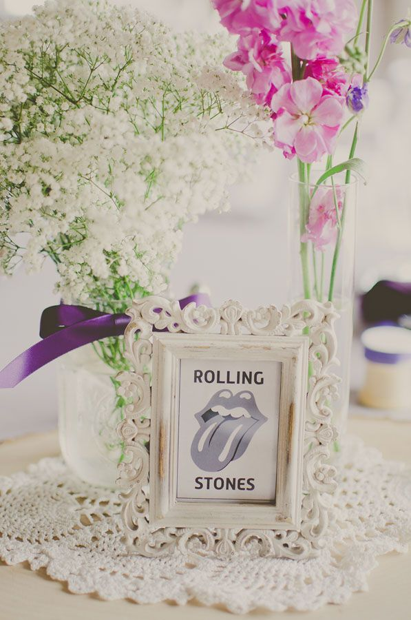 vintage rock and roll wedding centerpiece ... OHHHhhhh YEAAAAAaaaaa BABBY!!!