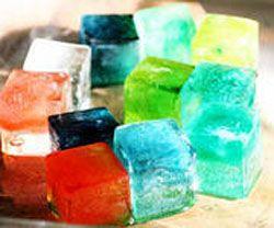 Цветные кубики льда для напитков