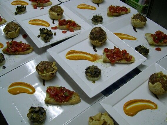 """Dishes preparation during cooking class 'Totally Tuscany"""" Oct.2013"""