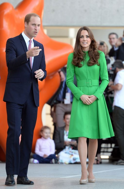 utfit 24 - tree planting in Canberra The Duchess of Cambridge once again showed her green credentials on engagements in Canberra.  After the bold green Erdem coat for a hospice visit in New Zealand (see Outfit 7), Kate chose a similar shade for duties in the Australian capital.