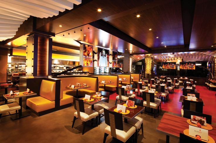 Gordon Ramsay BurgR - Planet Hollywood Las Vegas: get the Brittannia burger, Parmesan truffle fries, Bloody Mary, and finish it up with the Creme brûlée/Oreo milkshake (CH 2013)