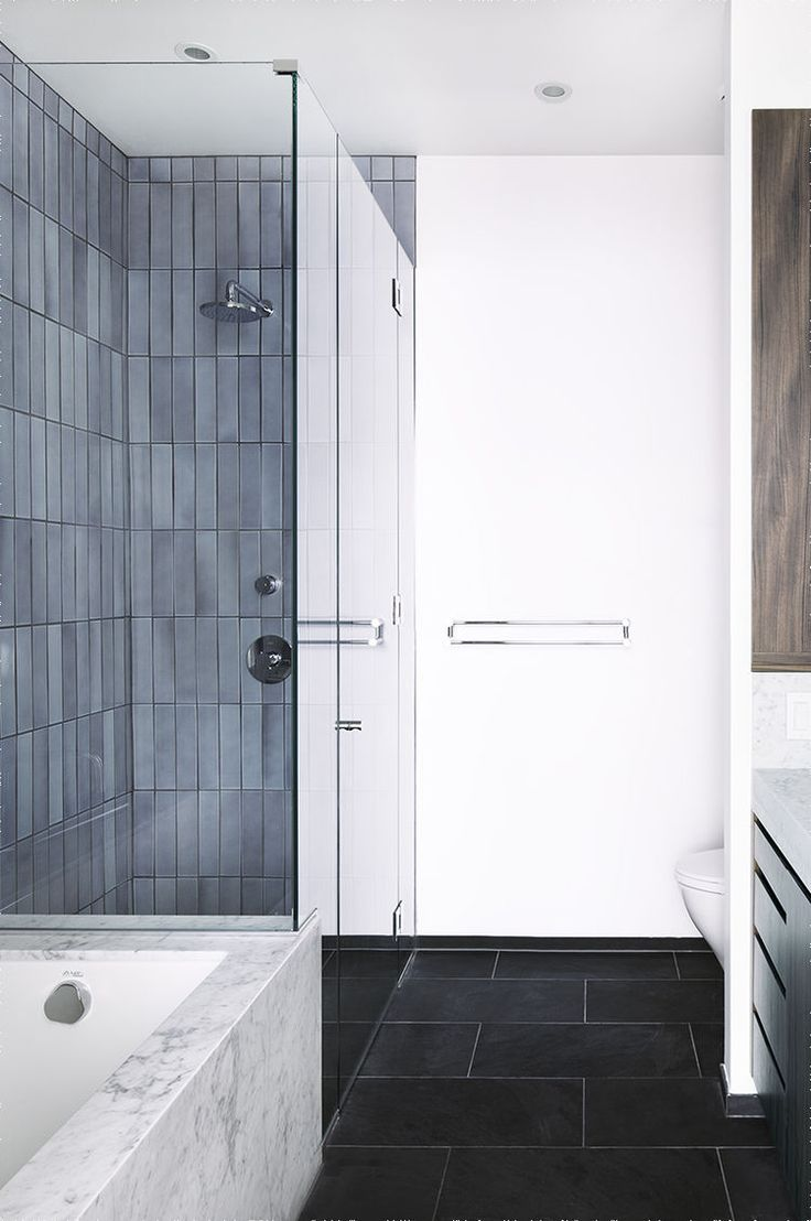 A tiled ensuite bathroom in Brooklyn