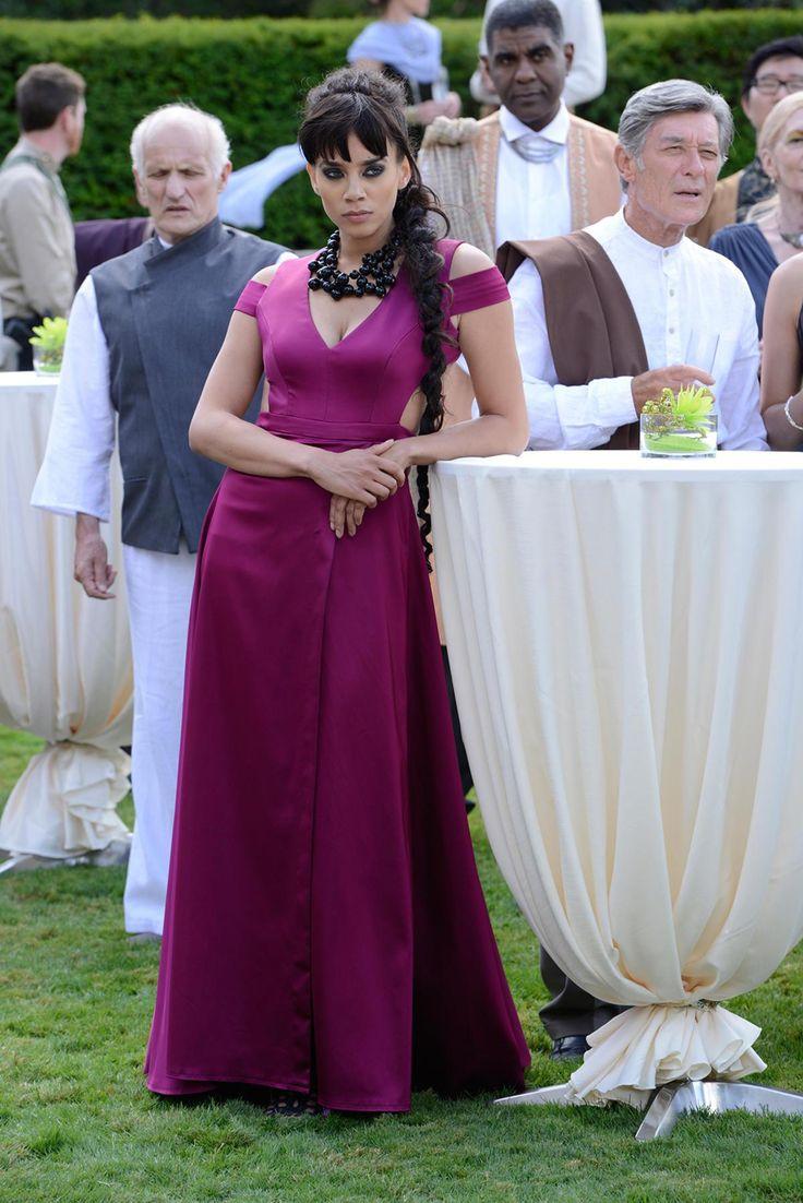 "Killjoys, season 1, tv series, 2015 ""Dutch"" played by Hannah John-Kamen. A similar dress wears Nina Dobrev on the cover of a Vampire Diaries season DVD"