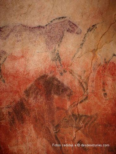 Cueva de Tito Bustillo Ribadesella. Qué ver en Asturias | Spain [Más info] https://www.desdeasturias.com/cueva-de-tito-bustillo/ https://www.desdeasturias.com/asturias/que-ver-y-que-hacer/que-ver/