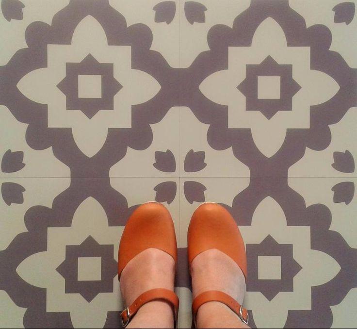 Casablanca Grey Vinyl Flooring: Moroccan Style Vinyl Floor Tiles