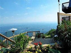 The Top Of The World Cabin Rental Near Pigeon Forge Is One Of The Most Luxurious Cabin Rentals Around You Ll Have Unbelievable Mountain Views