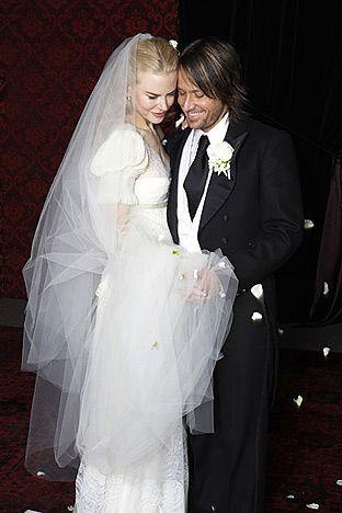 Nicole Kidman in Balenciaga wedding dress