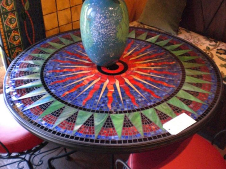 The 25 best ideas about mosaic patterns on pinterest for Creative table tops