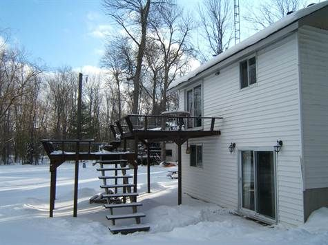 1000 sqft Home For Sale in YOUNGS LAKE City of Kawartha Lakes, Ontario. For Sale at $229,900.00. 6215 RAMA/DALTON BOUNDARY RD, YOUNGS LAKE Canada.  http://astridhood.point2agent.com/City_of_Kawartha_Lakes/Ontario/Homes/Canada/YOUNGS_LAKE/Agent/Listing_149172914.html
