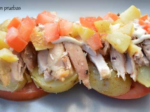 Pollo con patatas (sobras)    ¿Cuantas veces te sobra pollo asado? Esta es una idea para reciclar sobras de pollo asado con patatas.