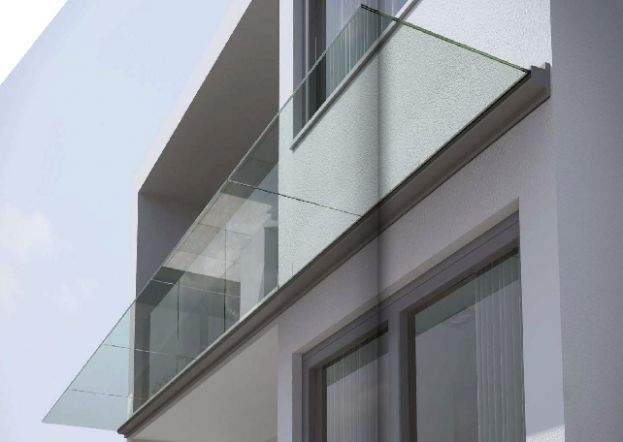 Linea glass canopy with aluminium channel design and external clad finishing