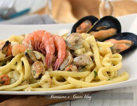 Scialatielli with seafood | Scialatielli ai frutti di mare ricetta napoletana | Benessere e Gusto blog
