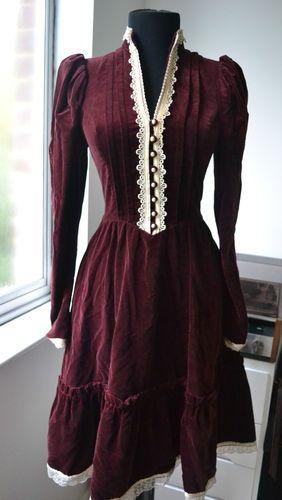 Vtg Gunne Sax western burgundy velvet midi dress