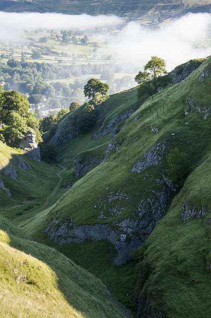 Castleton, Derbyshire, England. The stunning scenery of the Peak District, in which the book is set...