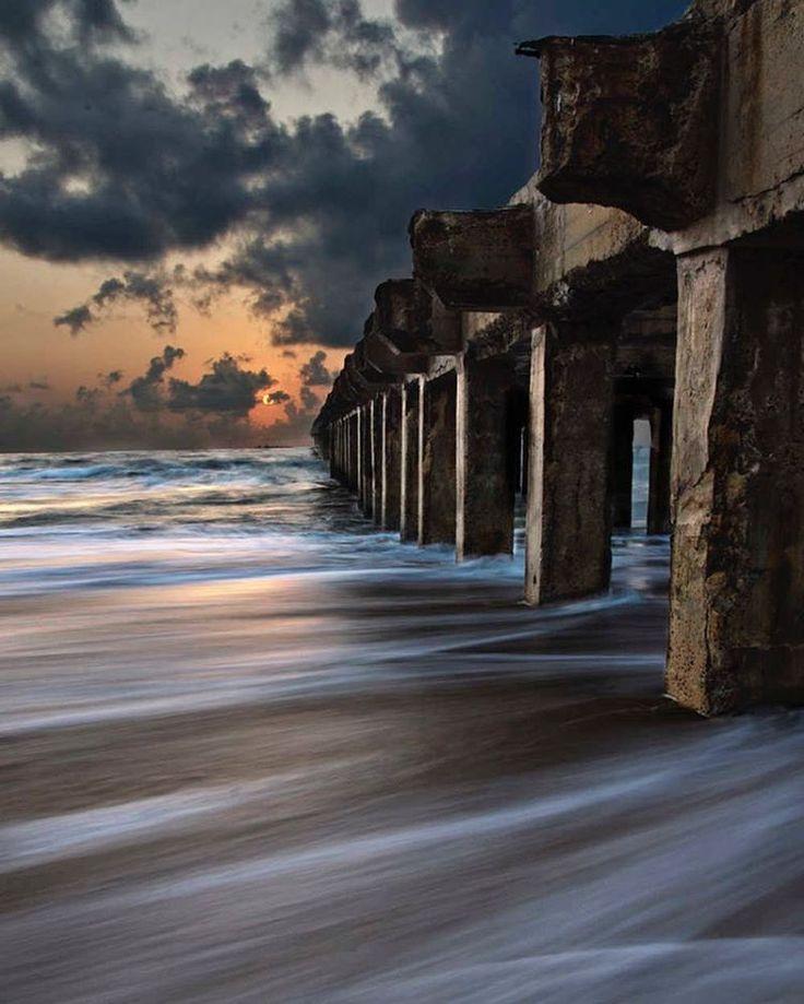 Sunrise at Thalankuppam Pier (Beach), Chennai.  Picture Credits: Ravikanth Kurma.  #chennai #tamilnadu #India #Indiapictures #incredibleindia