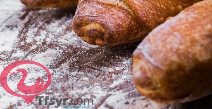 تفسير حلم العيش الفينو و الخبز في المنام لابن سيرين Food Sausage Bread