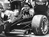H ατμόσφαιρα ήταν βαριά στην πίστα της Imola στα τέλη Απριλίου 1994. Λίγο πριν την εκκίνηση του Grand Rrix San Marino, που ήταν προγραμματισμένη για την Κυριακή 1η Μαΐου, είχαν συμβεί δυο σοβαρά ατυχήματα στα