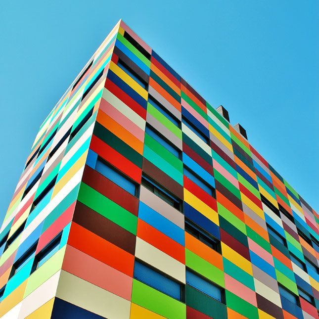 18 Cool Color-Blocked Buildings