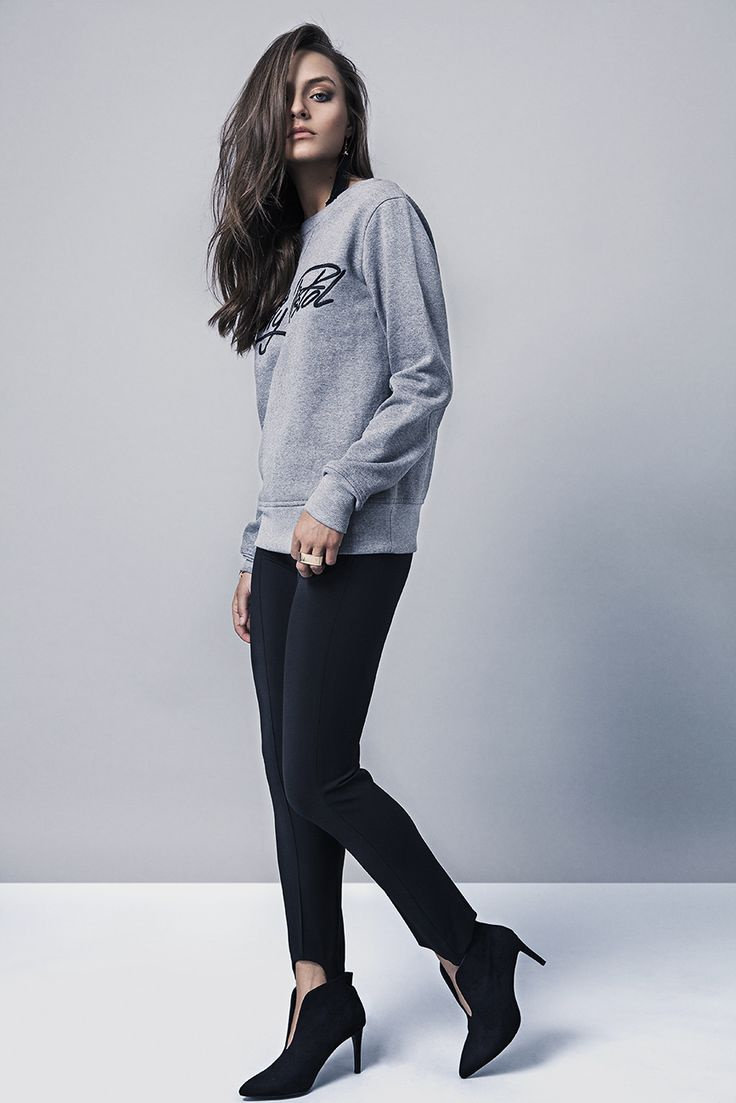 Melange embroidered sweater for ladies
