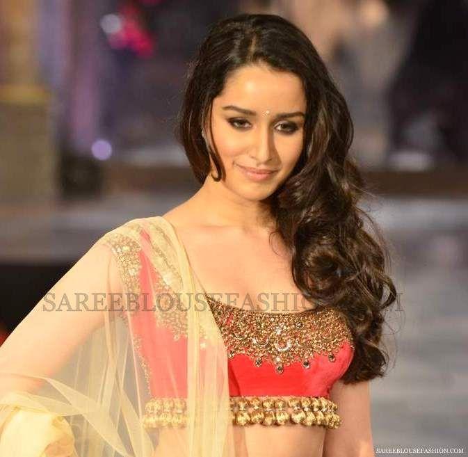 Sleeveless Manish Malhotra Saree Blouse
