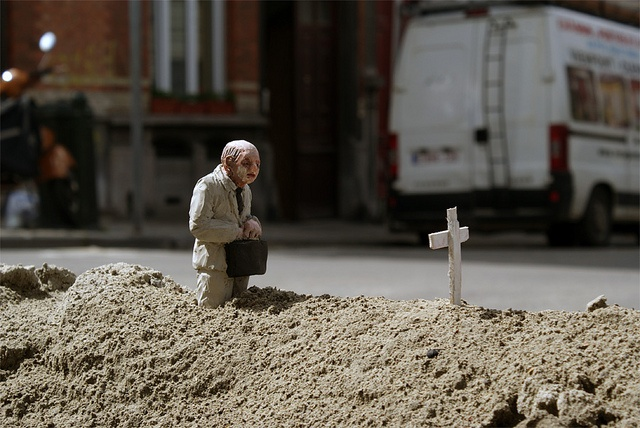 I really really love his work, n interviewed Isaac Cordal year ago when i was still one of editor of blkfrmt, his work is brilliant!