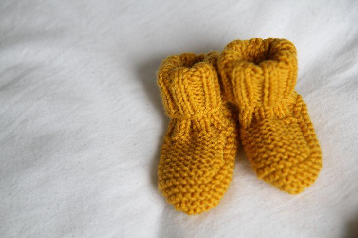 les tricots de Granny: chaussons naissance