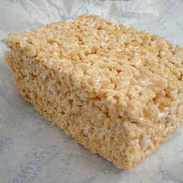 Say what! I love Rice Krispie treats. These are made with protein powder and no marshmallows.