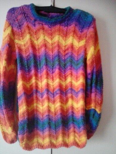 Pletený pulover.