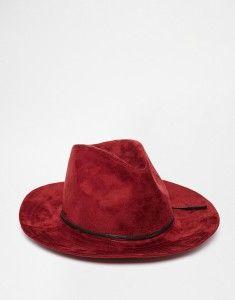 Por qué debes llevar un sombrero rojo http://blgs.co/Mr957d