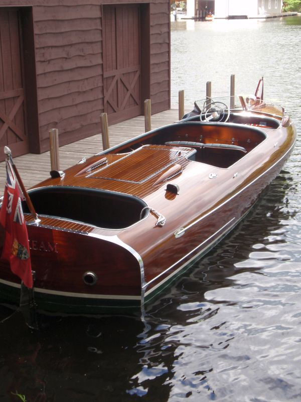 Greavette Streamliner Power BoatsSpeed BoatsClassic Wooden