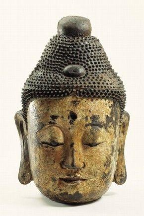 V & A Museum Bronze head, 700-900. Museum no. M.3-1936