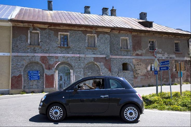 15 Cheapest Non-Hybrid Cars That Get 40 MPG Or Better: Fiat 500 – 31/40 mpg