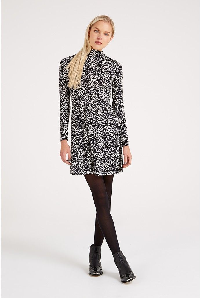 <ul><li>Soft stretch fabric</li><li>All-over leopard print</li><li>High neck</li><li>Semi-fitted</li><li>Mini length</li></ul><p></p><p><strong>Model Sizing</strong></p><p>Model is 5 foot 9 and wears a size 8.</p>