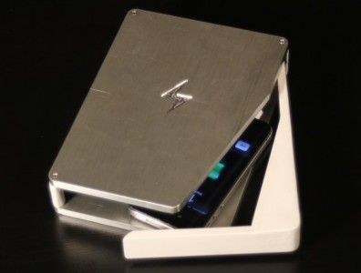 Caricabatterie che sterilizza il cellulare PhoneSoap
